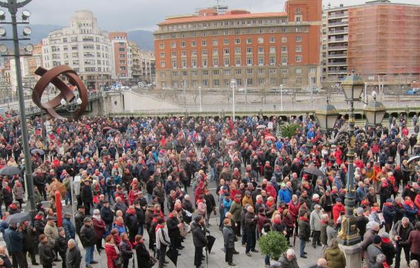 Concentración de pensionistas vascos frente al Ayuntamiento de Bilbao el pasado mes de enero.