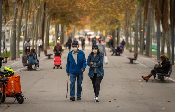 El 80% de los españoles no se cambia la mascarilla a pesar de sobrepasar el tiempo de uso