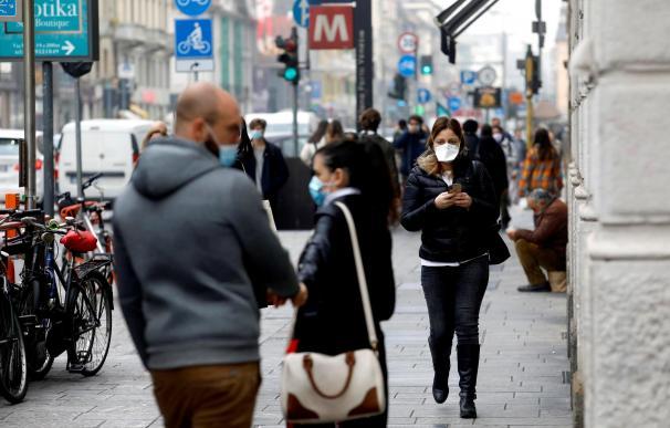 Italia endurece las restricciones: impone el toque de queda y cierre zonas críticas