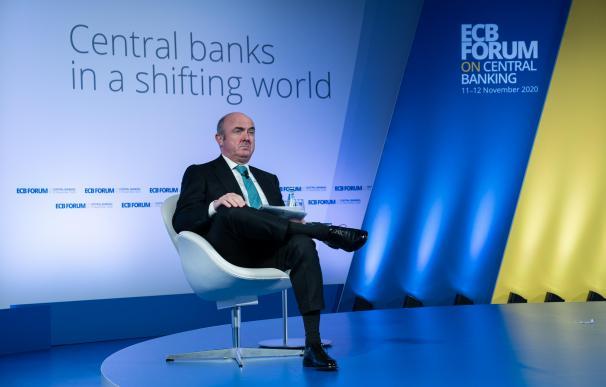Luis de Guindos, durante la conferencia del BCE sobre regulación financiera.