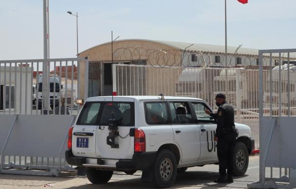 Un todoterreno de la ONU en el puesto fronterizo de Guerguerat este sábado.