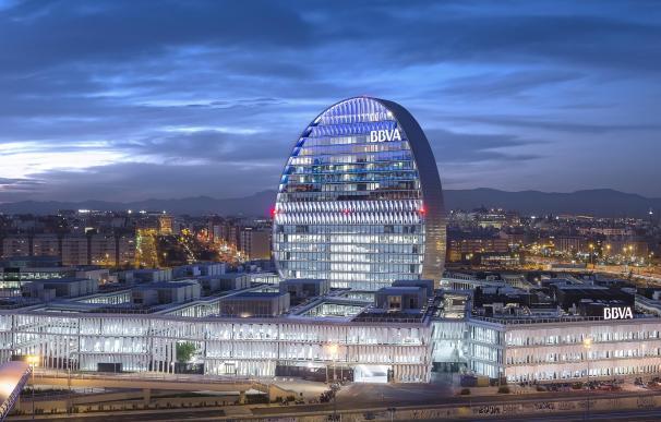 """BBVA prevé una """"recompra relevante"""" de acciones antes de realizar una fusión"""