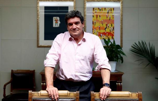 El ministro de Inclusión, Seguridad Social y Migraciones, José Luis Escrivá, durante un encuentro con Efe
