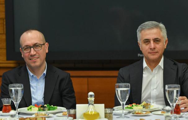 Onur Genç y Recep Bastug, CEOs de BBVA y Garanti.