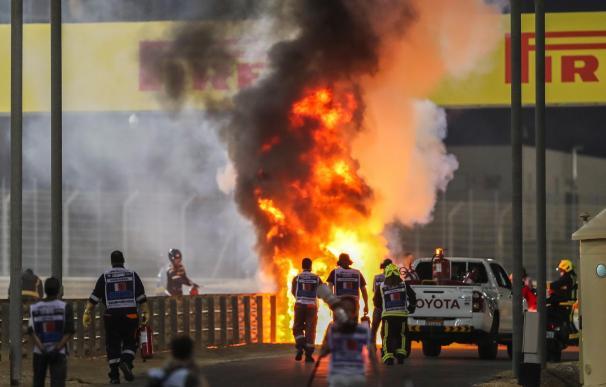 Grosjean, fuera de peligro tras sufrir un gravísimo accidente en el GP de Baréin