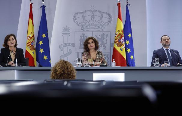 Carmen Calvo, María Jesús Montero y José Luis Ábalos