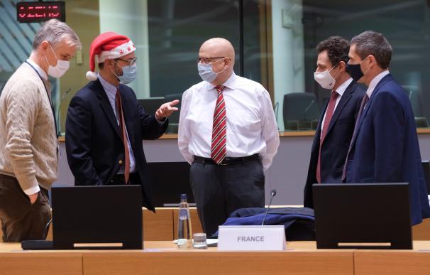 Varios embajadores de la UE debaten los detalles del Brexit en una reunión especial celebrada en Navidad.