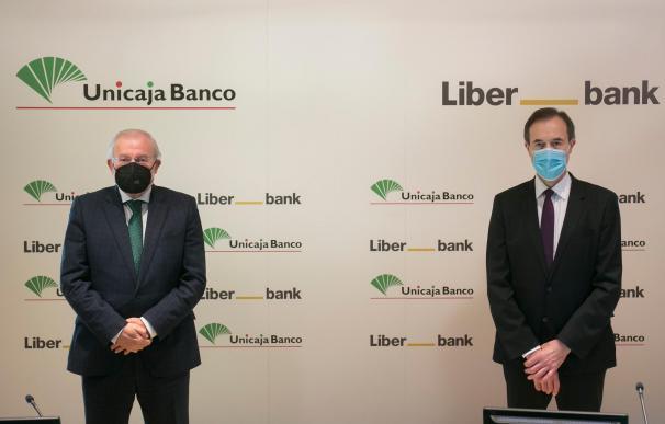 Unicaja y Liberbank firma fusión