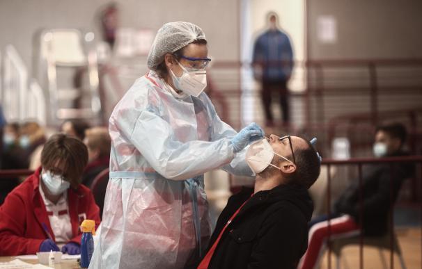 Sanitario test antígenos coronavirus España
