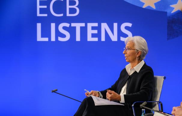 Christine Lagarde augura un euro digital antes de 2025.