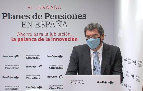 El Gobierno confía en que el 'macrofondo' de pensiones de Escrivá financie la transición ecológica.