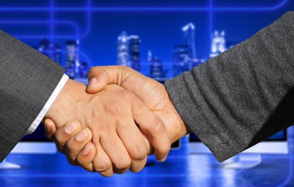 Las fusiones y adquisiciones marcan el paso en los mercados.