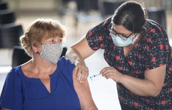 vacuna mayores 65