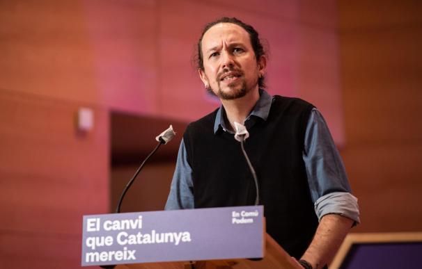 (I-D) El secretario general de Podemos y vicepresidente segundo del Gobierno, Pablo Iglesias, interviene durante el acto central de campaña de En Comú Podem para las elecciones catalanas, en Santa Coloma de Gramanet, Barcelona, Catalunya (España), a 6 de febrero de 2021. 6 FEBRERO 2021;PABLO IGLESIAS;JÉSSICA ALBIACH;ADA COLAU;EN COMÚ PODEM;UNIDAS PODEMOS;PODEMOS;GENERALITAT DE CATALUÑA;CATALUNYA;ELECCIONES;POLÍTICA;SANTA COLOMA DE GRAMANET;BARCELONA Marc Brugat / Europa Press 6/2/2021