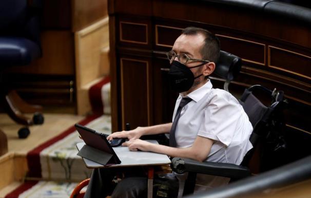 El portavoz parlamentario de Unidas Podemos, Pablo Echenique, en el Congreso