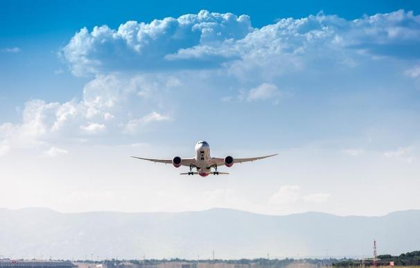 Economía.- La rebaja del 12% en las tasas de ruta en 2019 supondrá un ahorro de 100 millones a las aerolíneas (Foto de ARCHIVO) 27/12/2018