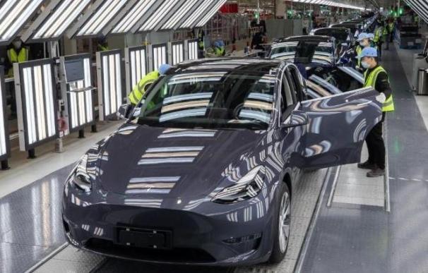Producción del Tesla Model Y en Shanghái (China)
