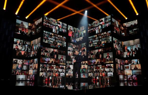 El actor Antonio Banderas en la gala de la 35 edición de los Premios Goya que se celebra hoy sábado en el Teatro del Soho CaixaBank de Málaga.