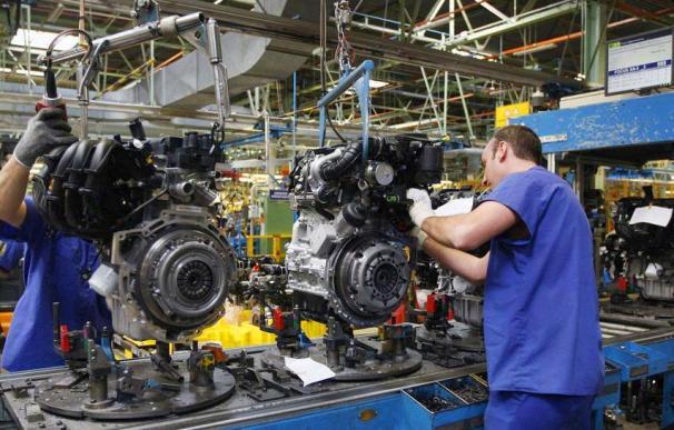 Empleo trabajo trabajador coche fábrica