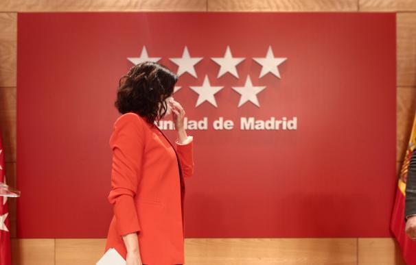 La presidenta de la Comunidad de Madrid, Isabel Díaz Ayuso, a su llegada a una rueda de prensa.