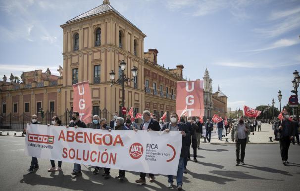 Manifestación de los trabajadores de Abengoa en Sevilla.