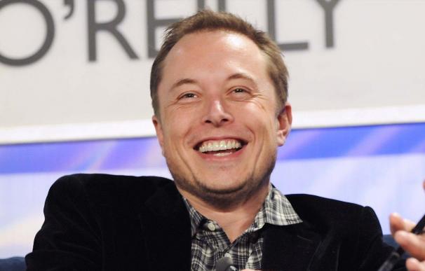 Elon Musk leyó libros de ciencia y emprendedores para inspirarse en sus empresas.