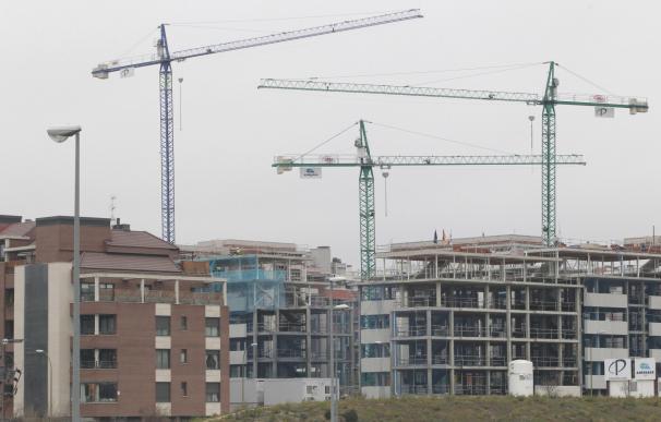 BALEARES.-Baleares, entre las CCAA con mayor Índice de Confianza Inmobiliario, según un estudio BALEARES.-Baleares, entre las CCAA con mayor Índice de Confianza Inmobiliario, según un estudio. Baleares, con un 59,7 sobre 100, es la tercera comunidad autónoma con mayor Índice de Confianza Inmobiliario, solo por detrás de Madrid (61,9) y Canarias (60,7), según el Estudio de Mercado de la Vivienda Nueva en Andalucía de Sociedad de Tasación. (Foto de ARCHIVO) 8/2/2018