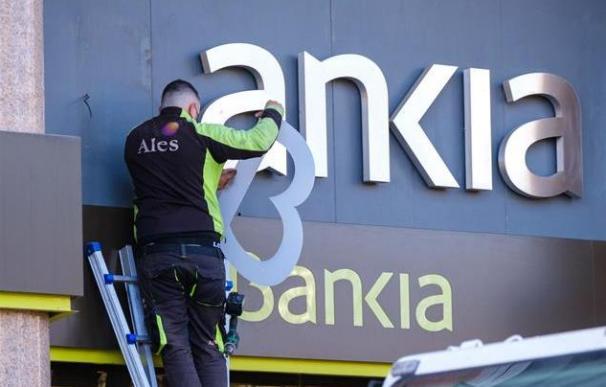 Cambio logo Bankia Caixabank