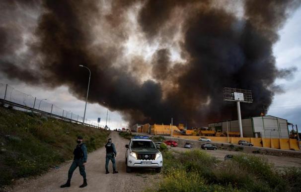 Incendio de cuatro naves en Seseña