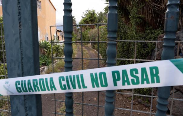 La Guardia Civil registró la vivienda y una finca en Candelaria (Tenerife) de Tomás Antonio G.C., desaparecido este martes al igual que sus dos hijas.
