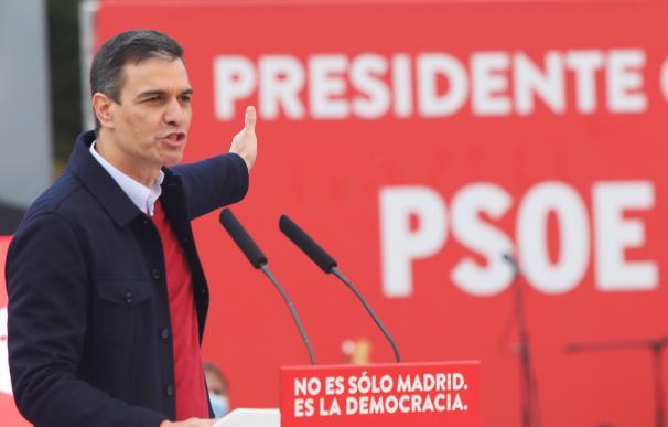 El presidente del Gobierno, Pedro Sánchez interviene durante el último acto de campaña del partido en el auditorio del Parque Forestal de Entrevías, a 2 de mayo de 2021, en Madrid (España). 02 MAYO 2021;CIERRE DE CAMPAÑA;ELECCIONES;4M;MADRID;COMUNIDAD DE MADRID;ASAMBLEA DE MADRID;ASAMBLEA;PSOE Marta Fernández / Europa Press 2/5/2021