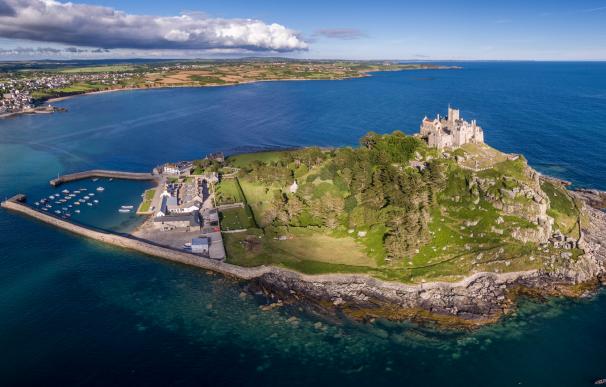 El castillo St Michael's Mount es localización de 'Juego de Tronos' y ofrece una interesante oferta de empleo.