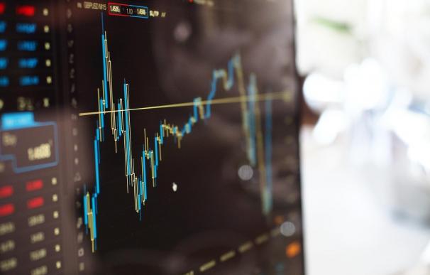 El Ibex pone la diana en sus máximos del año a la espera de referencias macro
