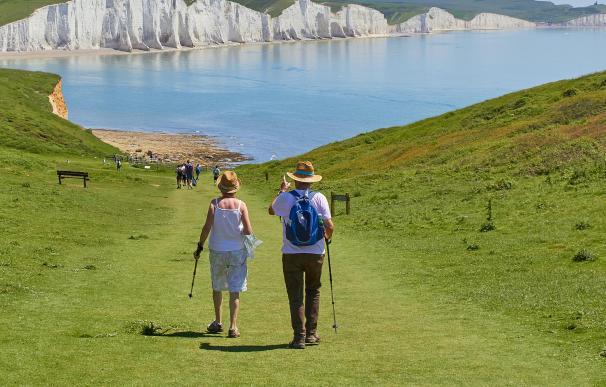 Pensionistas, jubilados, viajes imserso, pensiones