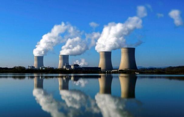Armagedón eléctrico: cierran reactores nucleares, se enchufan las calefacciones