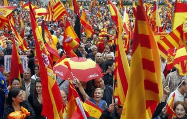 La mayoría de catalanes quiere el referéndum de independencia - sondeo
