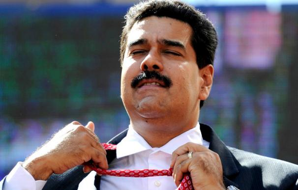 Nicolas-Maduro-corbata