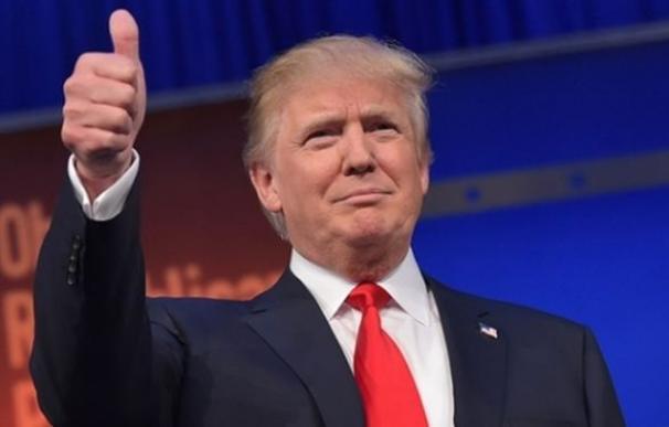 Donald Trump thumb up