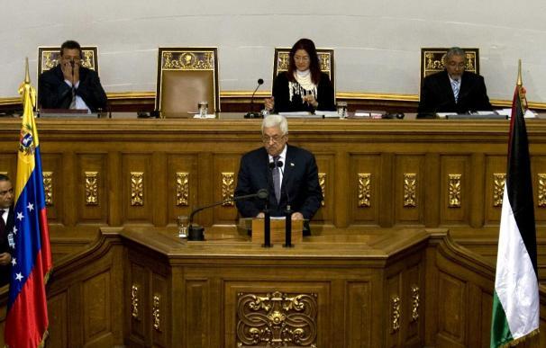 Abás es recibido por Chávez con honores de un Jefe de Estado
