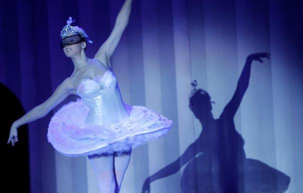 """""""El patito feo"""", del Ballet Carmen Roche, se representará en el Teatro Calderón estas Navidades"""