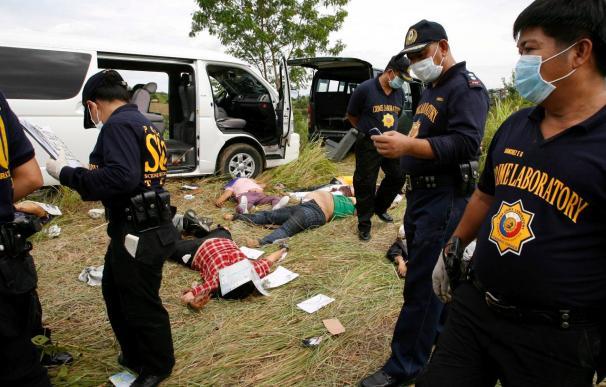 Las tropas en estado de alerta tras la matanza de 24 personas en el sur de Filipinas