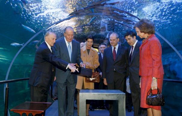 Los Reyes acompañados de Carolina de Mónaco llegan al Aquarium de San Sebastián