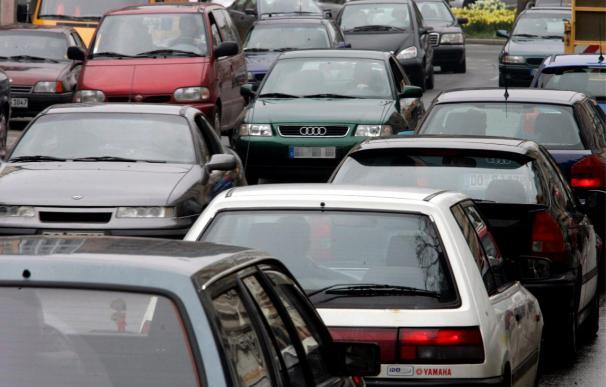 Uno de cada tres conductores circula con las luces en mal estado