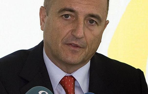 """Sebastián confía en que la propuesta de GM sea """"tan buena"""" como la de Magna"""