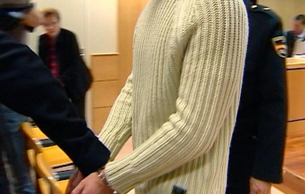 La Fiscalía pide 20 años para un acusado de quemar con gasolina a su novia