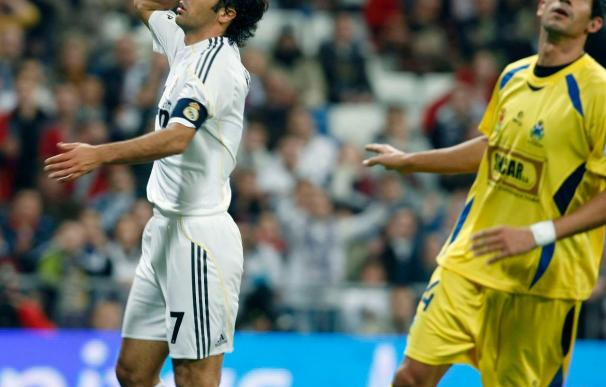 La prensa define como fracaso, ridículo, batacazo y siniestro la eliminación del Real Madrid