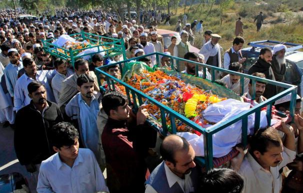 20 insurgentes y 2 soldados muertos en combates en zonas tribales de Pakistán