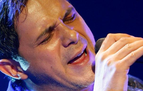 """Alejandro Sanz se sitúa en el primer puesto de la lista latina de Billboard con """"Looking for Paradise"""""""