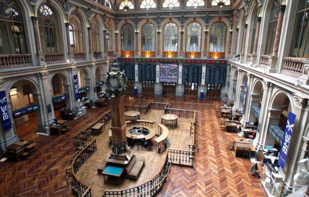 La Bolsa española comienza la semana en positivo y el Ibex sube el 0,55 por ciento