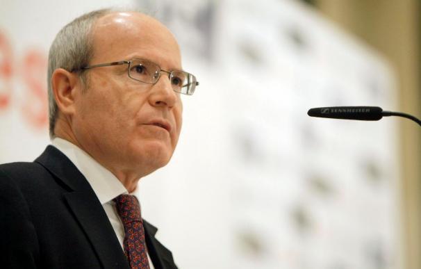 Montilla pide a Rajoy que cambie de actitud para no llevar a España a la deriva